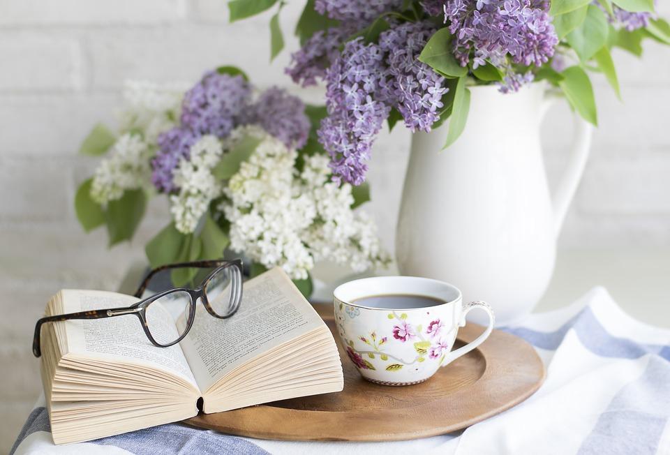 relax books coffee